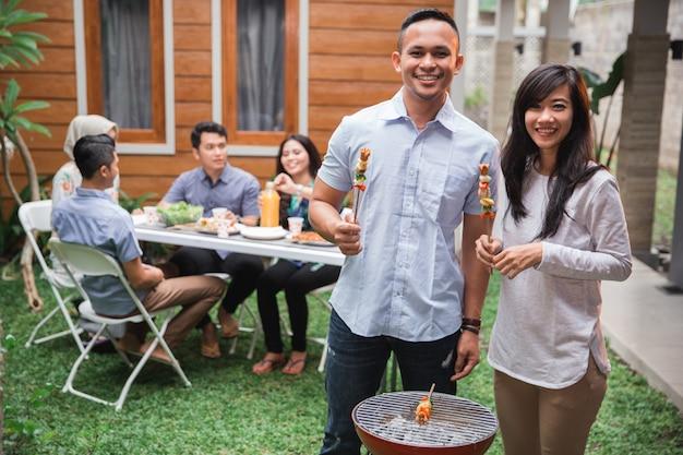 Barbecue met vrienden