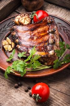 Barbecue varkensribbetjes