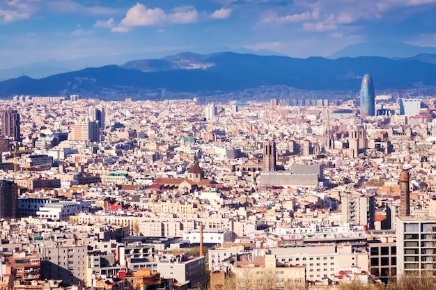 Barcelona vanaf het hoogste punt. catalonië