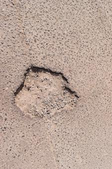 Barst in asfalt