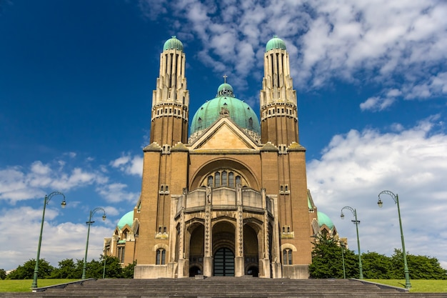 Basiliek van het heilig hart in brussel, belgië