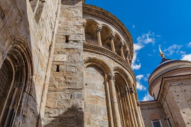 Basiliek van santa maria maggiore in bergamo