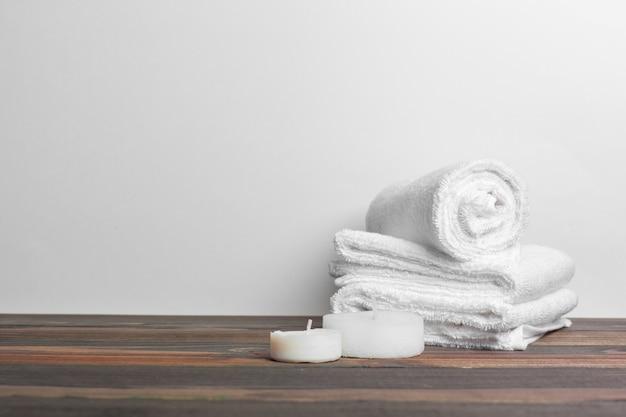 Beautiful spa samenstelling op houten lijst