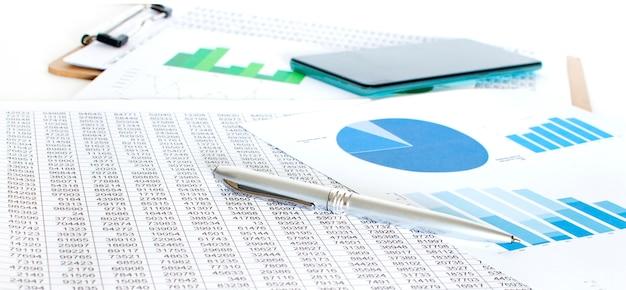 Bedrijf van financiële analyse van de werkplek. financiën concept