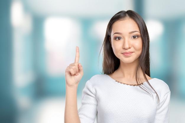Bedrijfs vrouw die een goed idee heeft
