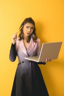Bedrijfs vrouwenportret