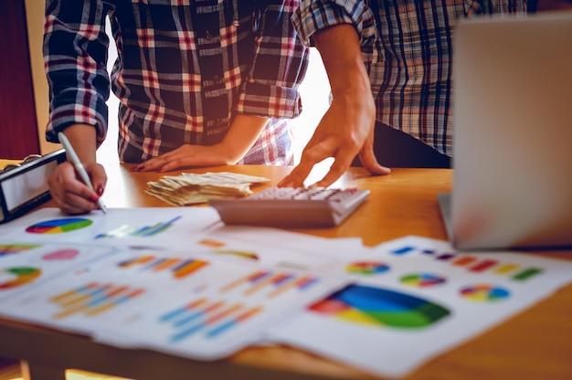Bedrijfsconcepten, bedrijfsplanning en teamwerk met kopieerruimte