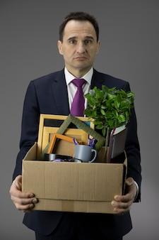 Bedrijfseigenaar dichtbij bedrijf. faillissement van kleine en middelgrote bedrijven