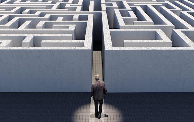 Bedrijfsmens die een eindeloos labyrint lopen uitdagen