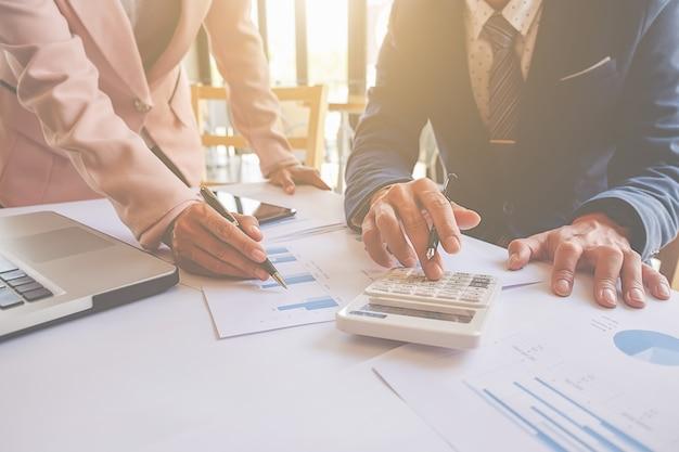 Bedrijfsprofessioneel project gesprek accountant werkplek