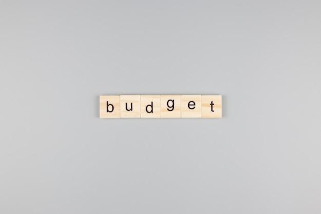 Begroting woord, op een grijze achtergrond