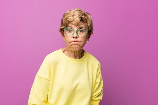 Bejaarde mooie vrouw portret