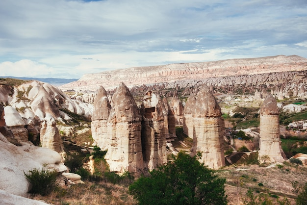 Bekijk unieke geologische formaties in cappadocië, turkije. kappa