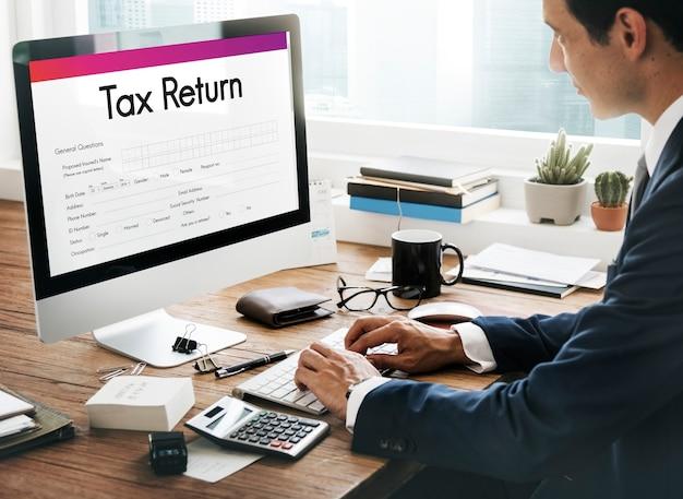 Belastingaangifte financieel formulier concept