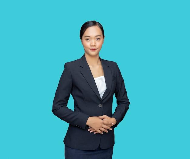 Beleefde persoonlijkheid slimme aziatische onderneemster voor sollicitatiebaan