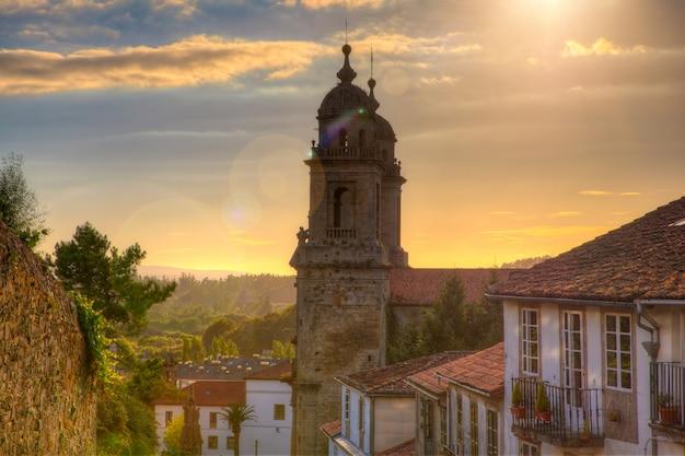 Belltowers van het klooster van st. franciscus, santiago