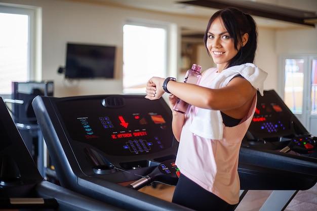 Benen trainen met cardiotraining op een fiets