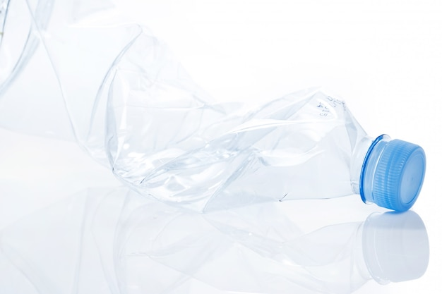 Benutting. lege waterfles