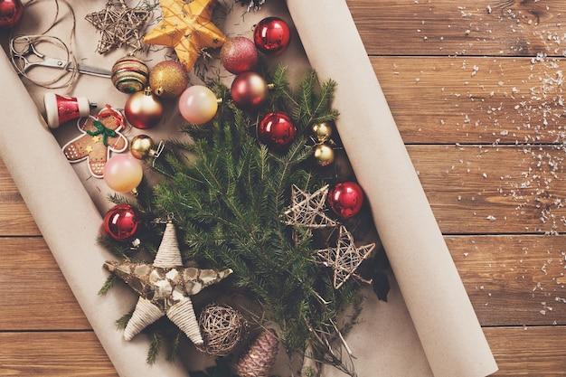 Bereid je voor op kerstavond of andere wintervakanties, kerstversieringen