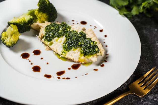 Bereide filet van heilbotvis rijk aan gezond omega-vet