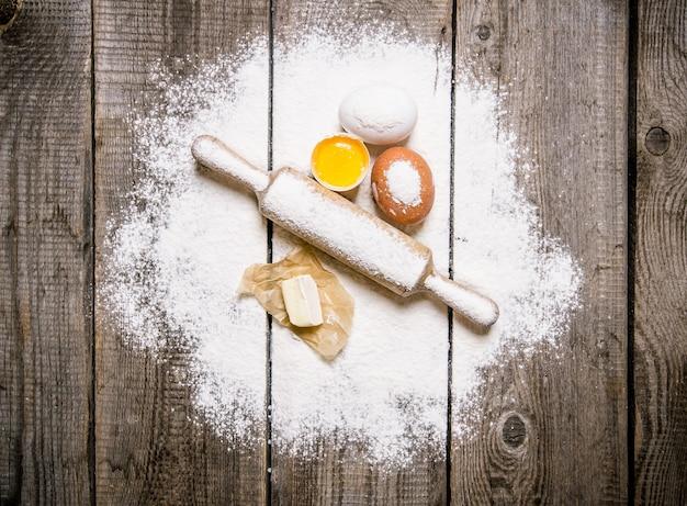 Bereiding van het deeg ingrediënten voor het deeg