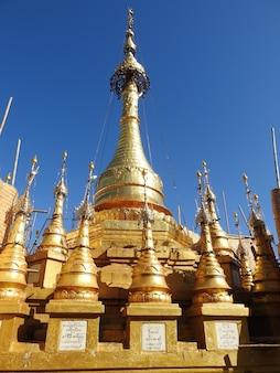 Berg nationaal park popa in myanmar