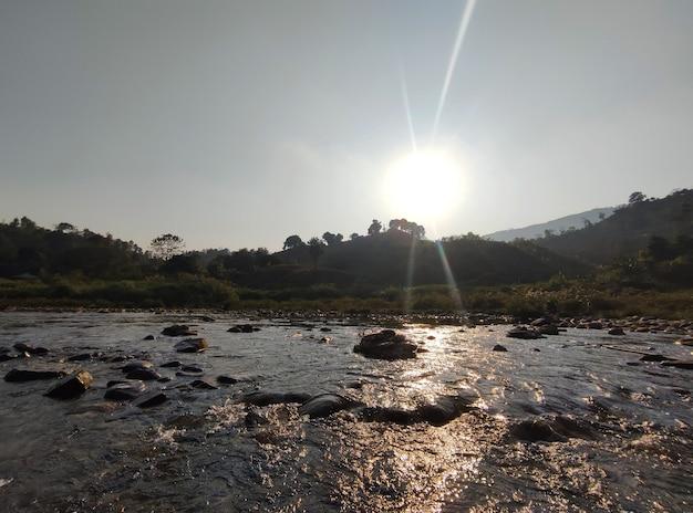 Berg valt met zonnebrand