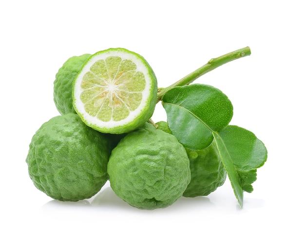 Bergamotfruit op wit