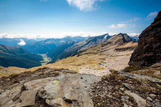 Bergen in het nationale park hohe tauern in de alpen in oostenrijk oppervlakken