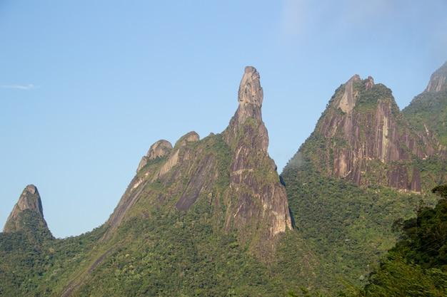 Bergen van teresopolis, vinger van onze dame, vinger van god en vissenkop.