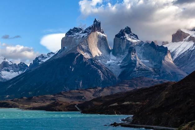 Bergketen in het nationale park torres del paine