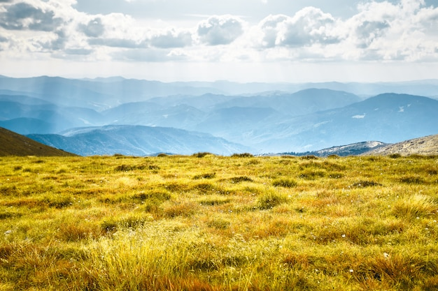 Berglandschap in de herfst
