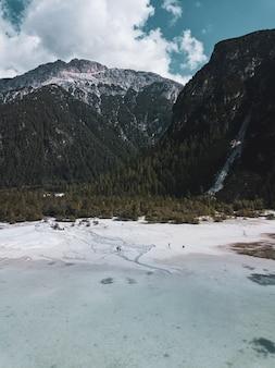 Berglandschap in het natuurpark three peaks in italië