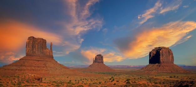 Beroemd landschap van monument valley, usa