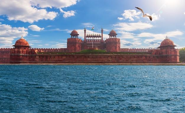 Beroemd rode fort in new delhi, india, fotofictie.