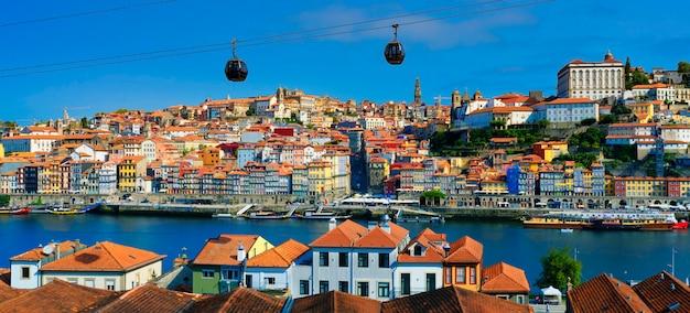 Beroemd uitzicht op de rivier de porto en de douro, portugal, europa