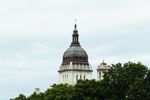 Beroemde beeldentuin van minneapolis in minneapolis, minnesota, verenigde staten