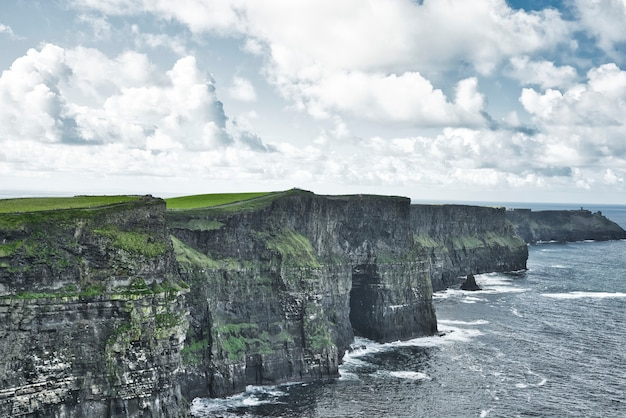 Beroemde cliffs of moher county clare, ierland
