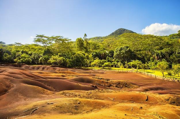Beroemde zeven gekleurde aarde in chamarel, mauritius
