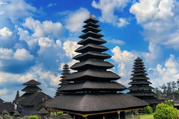 Besakih-tempel in bali, indonesië
