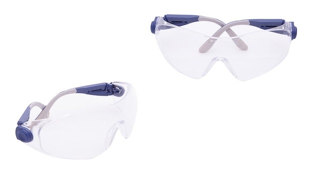Beschermingsbril op witte geïsoleerde achtergrond. professionele veiligheidsbrillen