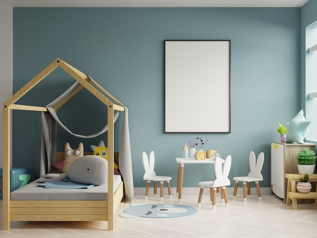 Bespotten posterframe in de kinderkamer, kinderkamer, kinderkamer mockup, blauwe muur.