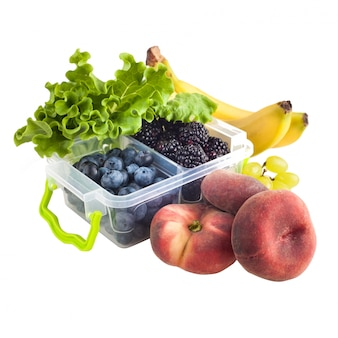 Bessen in lunchbox en fruit