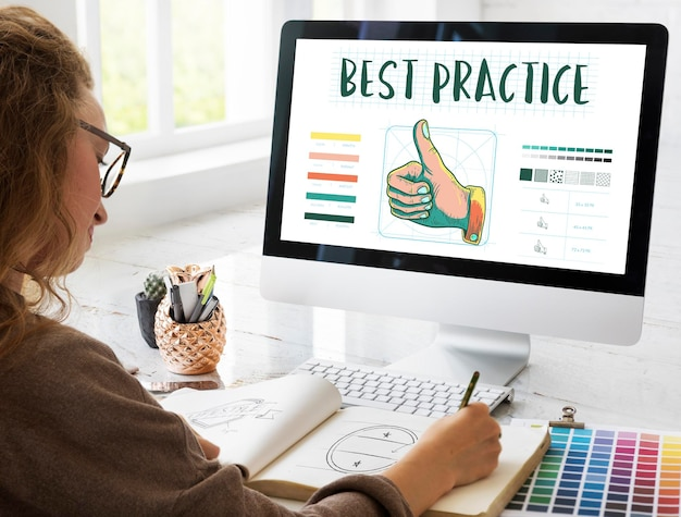 Best practice duim omhoog goedkeuringsconcept