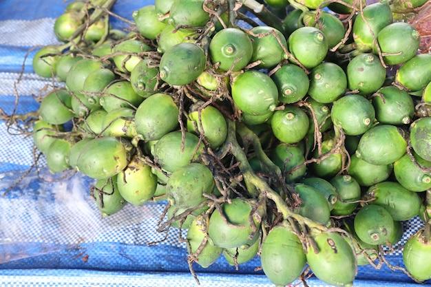 Betelnoot bij straatvoedsel