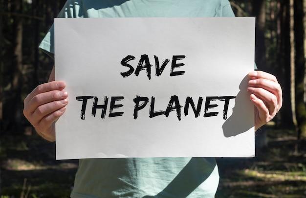 Bewaar de planeettekst op plakkaat in handen