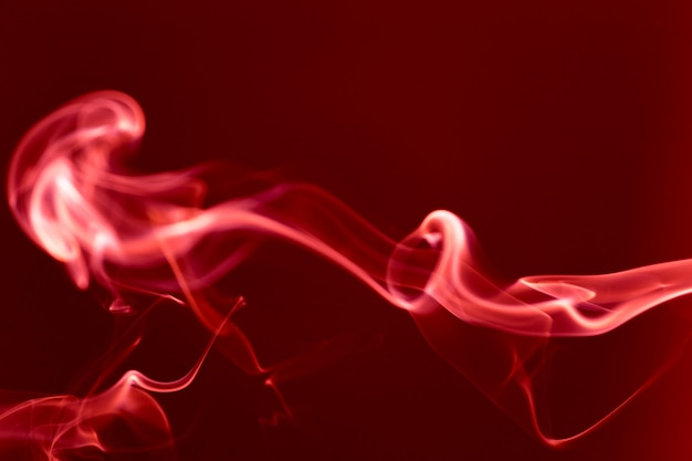 Beweging van witte rook