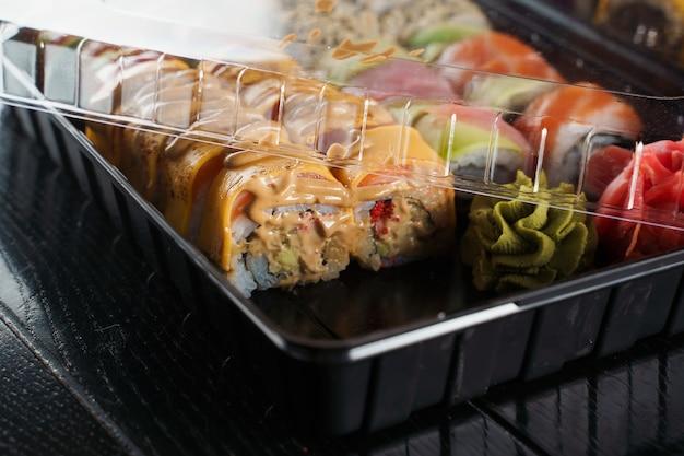 Bezorgservice voor sushibroodjes