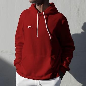 Bff gedrukt op rode hoodie