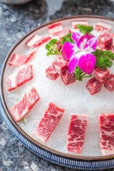 Biefstuk met sneeuwvlokken en vermicelli